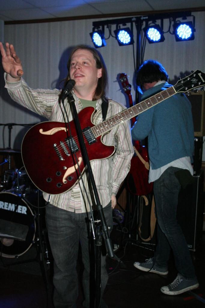 Trendlenburg Band:Justin Cutway